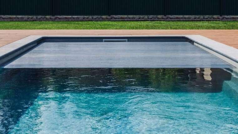 installation entretien volet automatique piscine