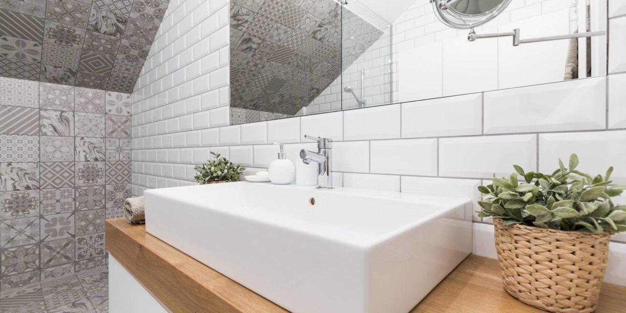 comment poser stickers salle de bain